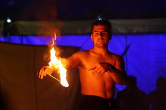 circus_serano_flammepilage.jpg