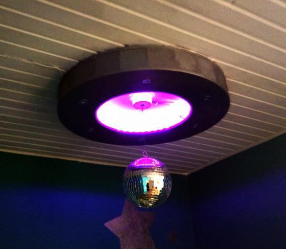 loungelampe_lila.jpg