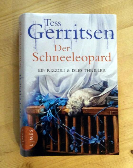 tess_gerritsen_schneeleopard.jpg